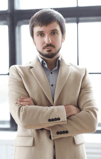 handsome-man-wearing-beige-coat 1